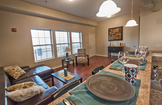 morton-grad-living-room2